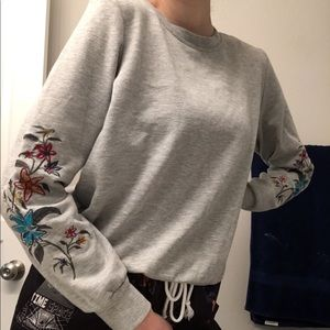 Grey Crewneck with Flowers on the Sleeves